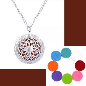 Jewelry - Aromatherapy Pendant Necklace